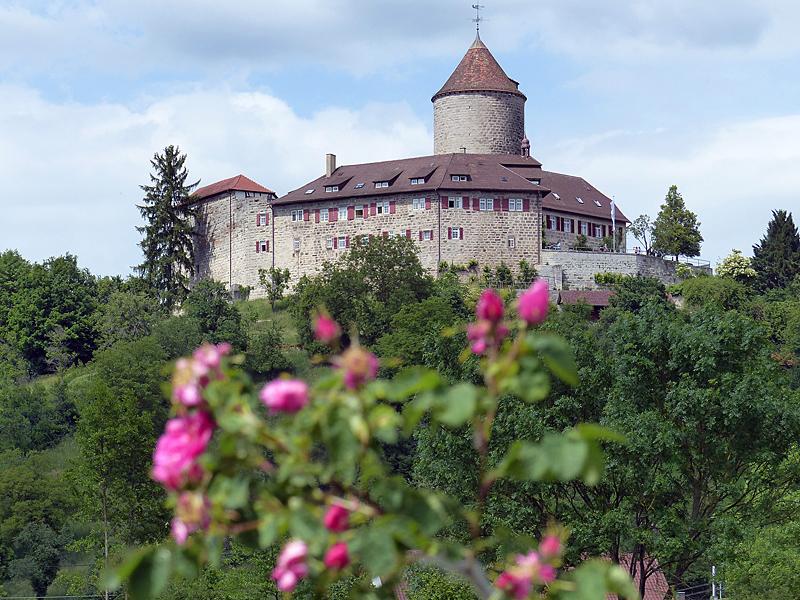 Endlich wird das Burgtor wieder geöffnet