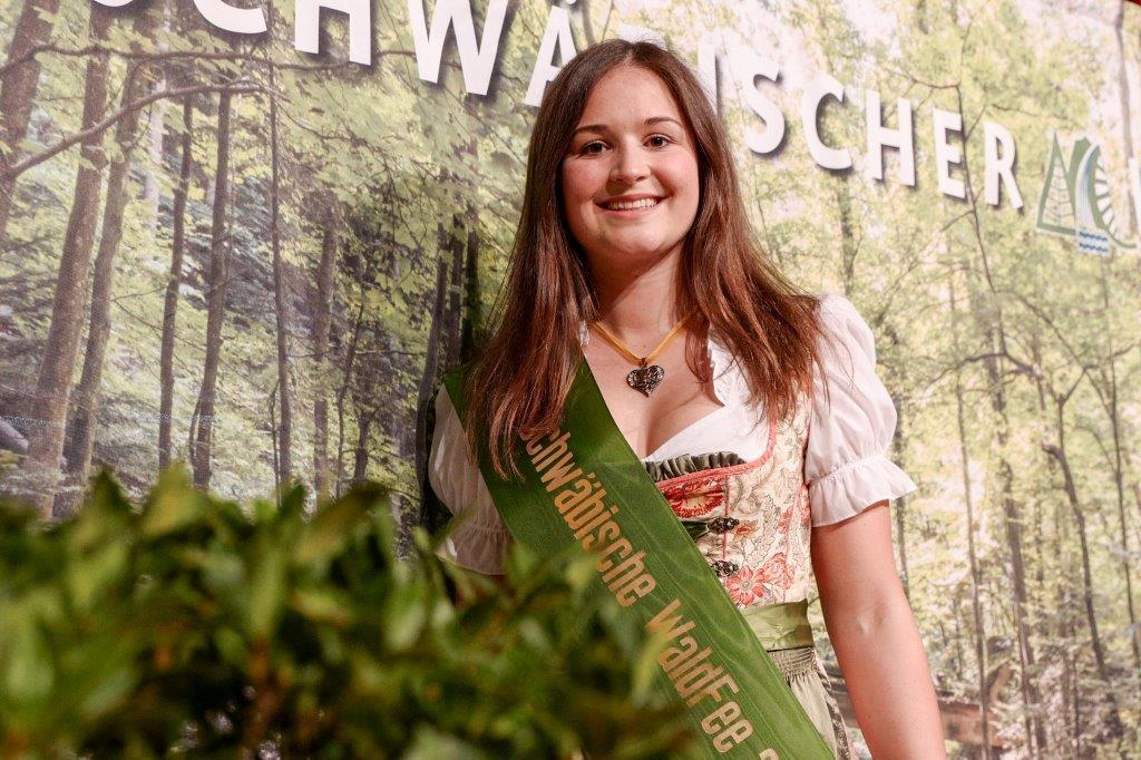 Wahl mit großer Feendichte – die sechste Schwäbische WaldFee wurde gewählt