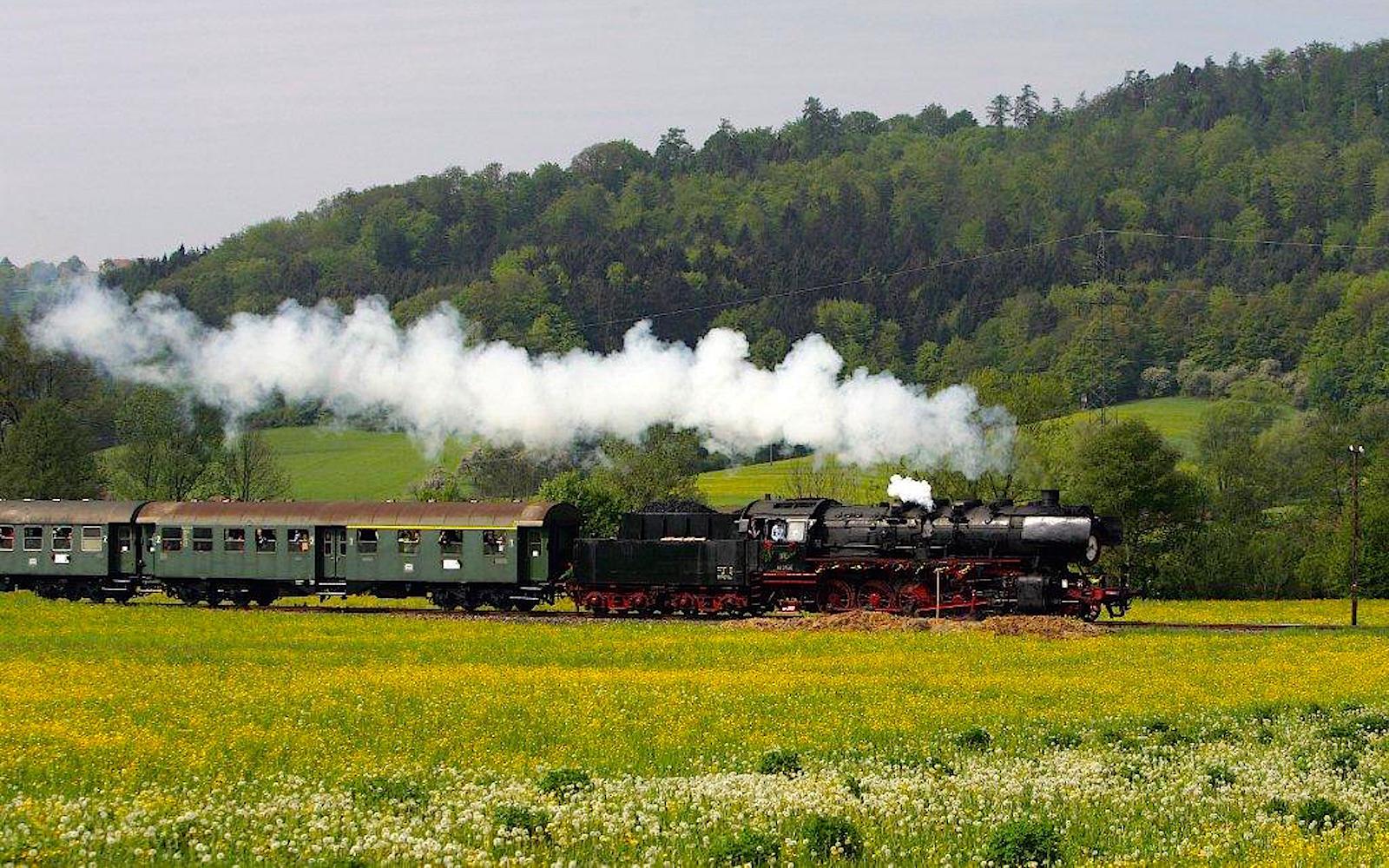 Schwäbische Waldbahn startet in die neue Saison